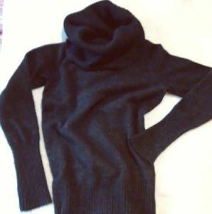 Fenn Wright Manson Ladies Sweater